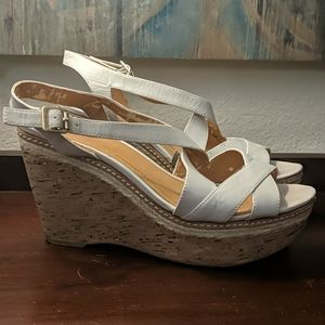 VINCE CAMUTO Strappy Wedge Sandals